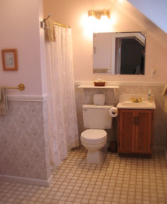 Teddy's Room bathroom at our Port Townsend WA Bed and Breakfast